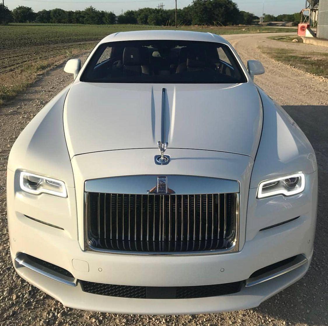 Pin By Mac Grandes Negocios On Rolls Royce Luxury Cars Rolls Royce Rolls Royce Luxury Cars