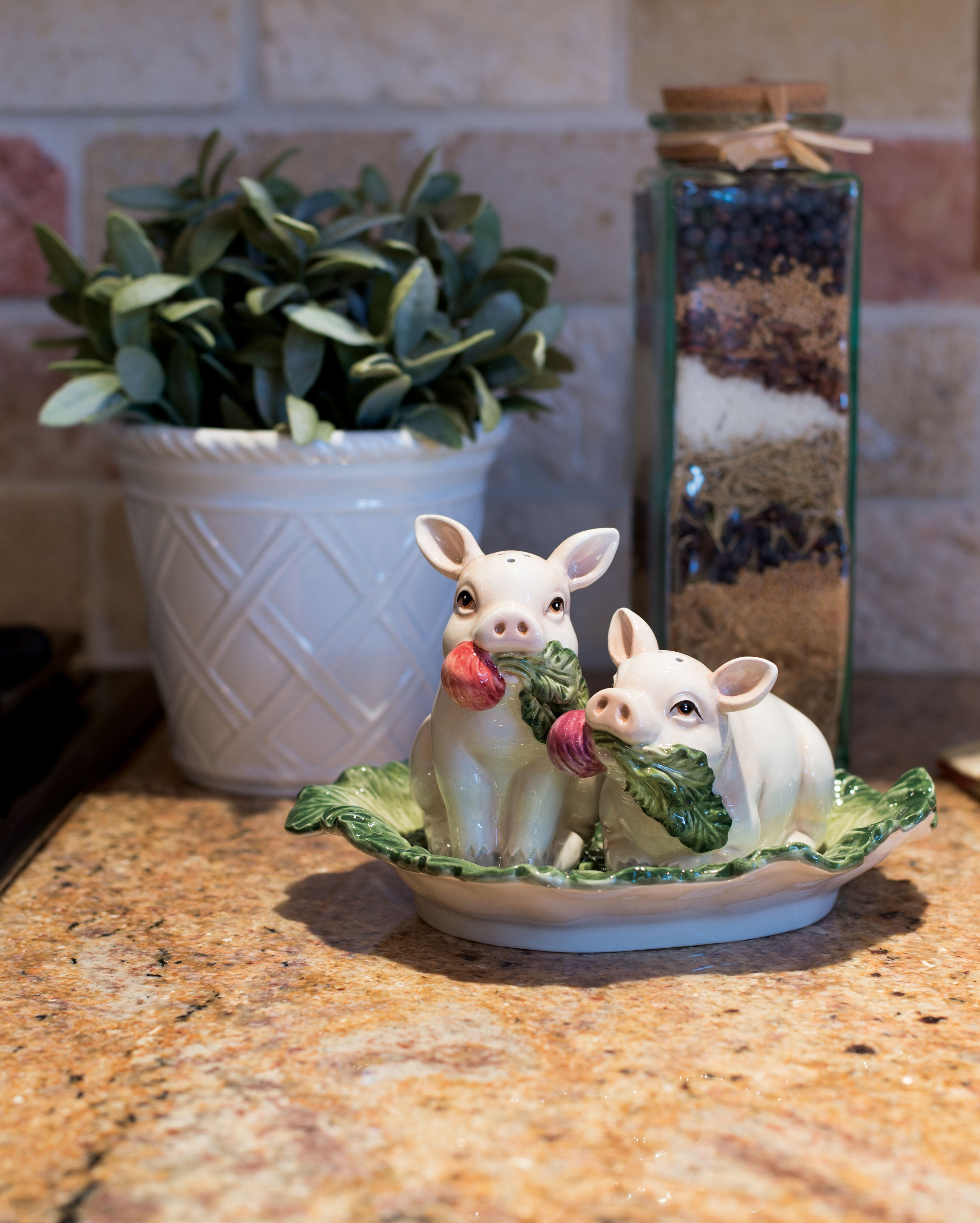 French Market Pig Salt & Pepper Set By Fitz And Floyd