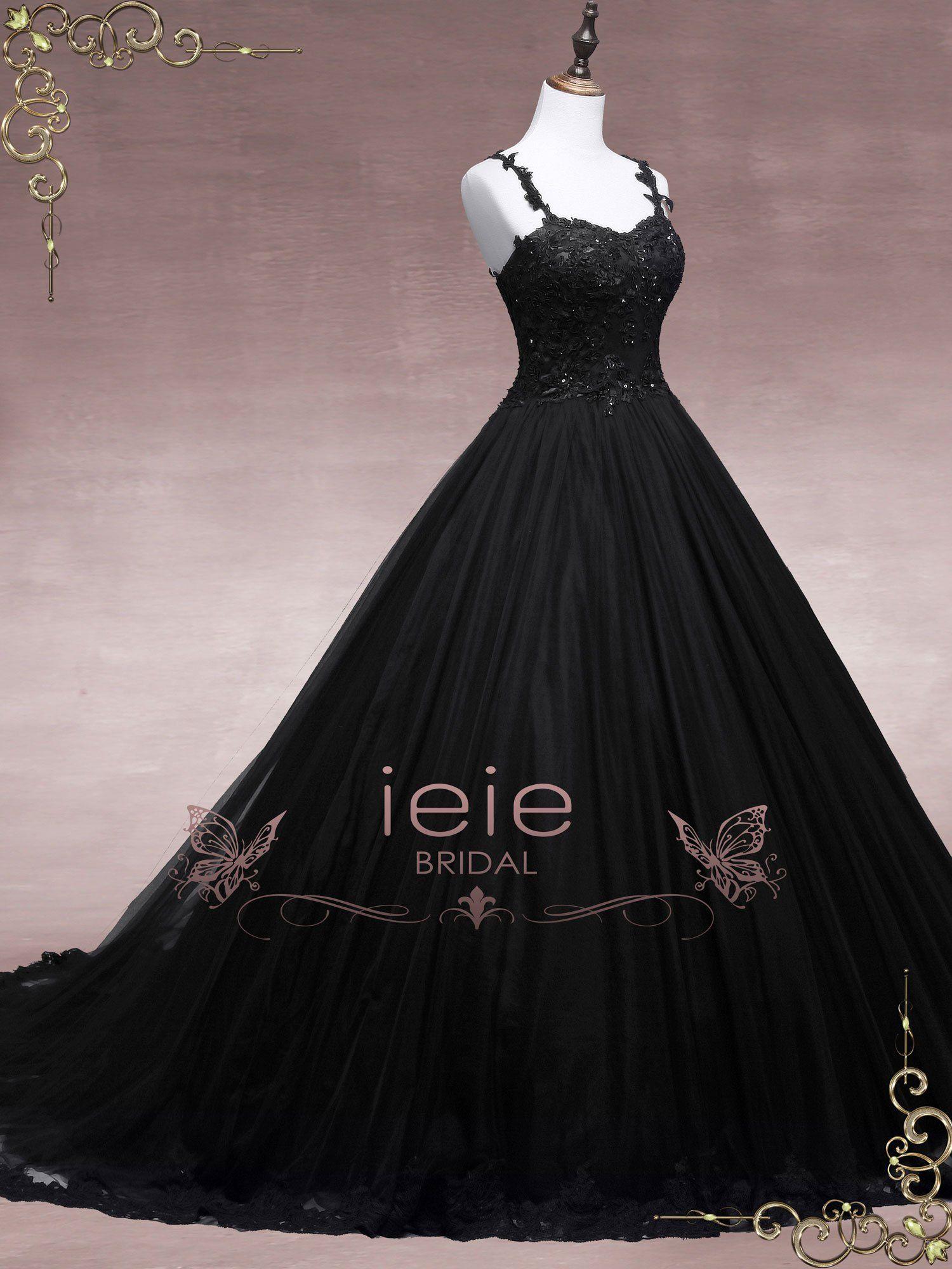 Black Lace Ball Gown Wedding Dress Black Wedding Dress Etsy Black Wedding Dresses Black Lace Ball Gown Untraditional Wedding Dress [ 2000 x 1500 Pixel ]