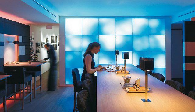 Hotelbeleuchtung: Licht für Hotel und Wellness - Zumtobel | Light ...