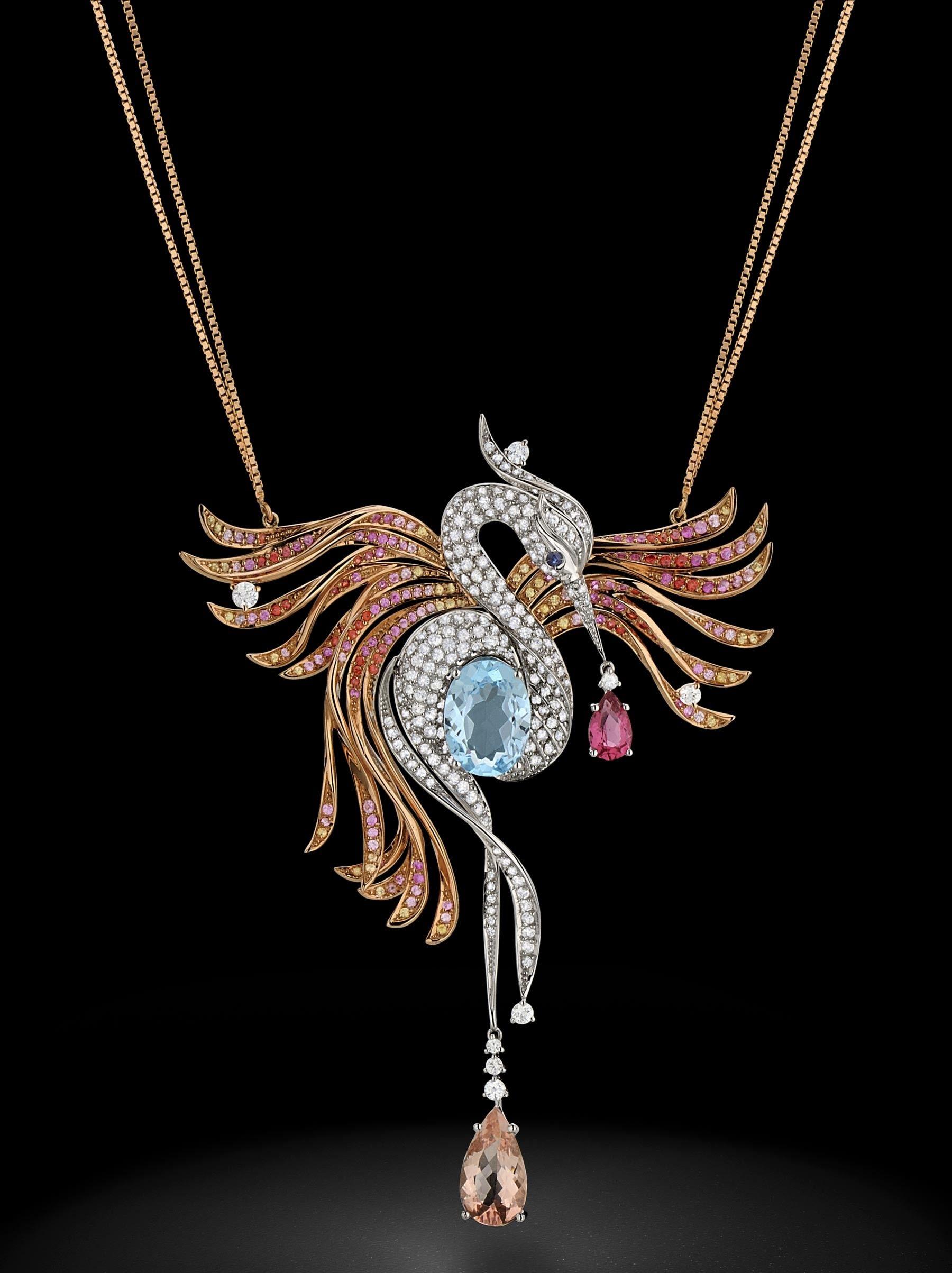 Colar em ouro rosé e ouro branco com safiras brancas, topázio azul, safiras, turmalina rosa e morganita - joia única