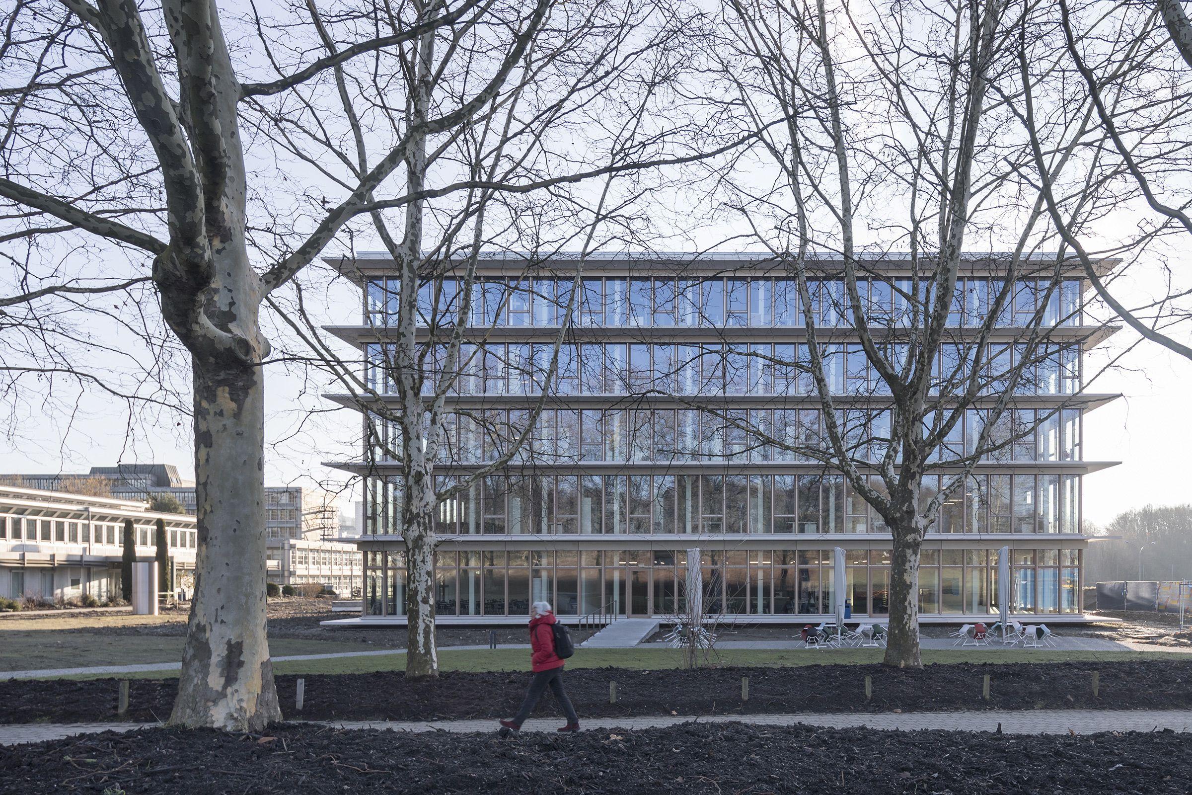 International Sports Sciences Institute University Of Lausanne Karamuk Kuo Architects Architecture Exterior Architect Facade