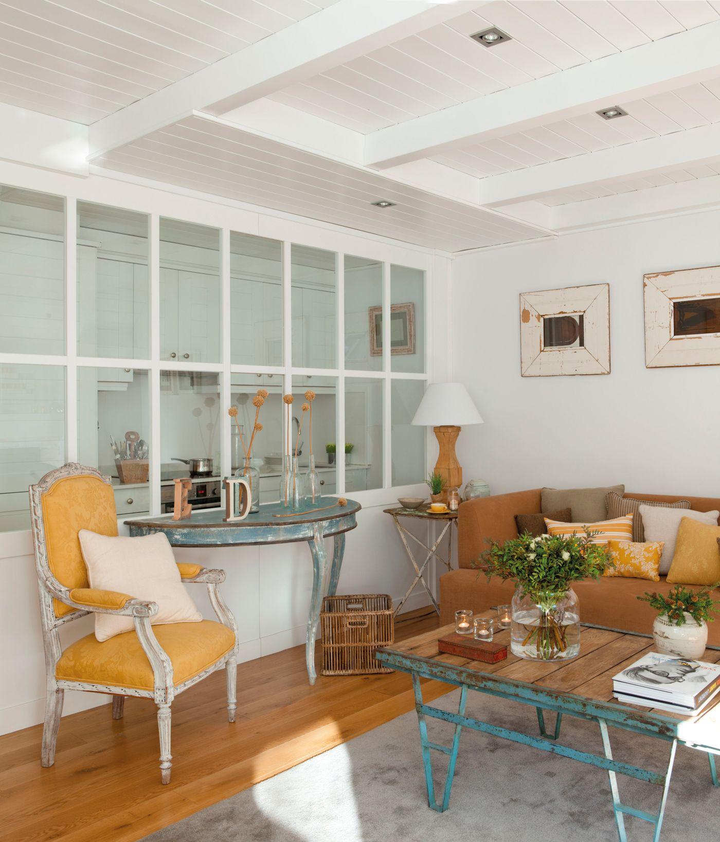 00361608. Salón con pequeñas ventanas a la cocina_00361608   Cocina ...