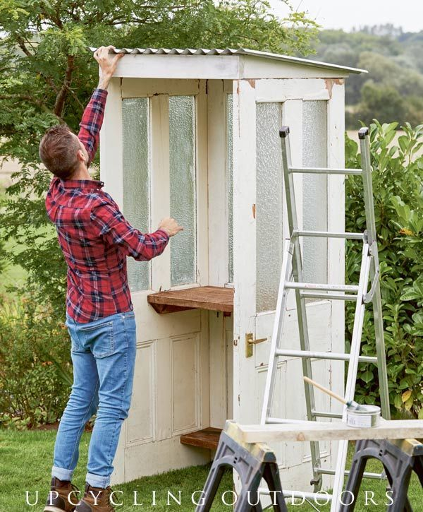 Photo of Make your own mini door shed with this tutorial from the book Upcycling Outdoors.,  #empresso…