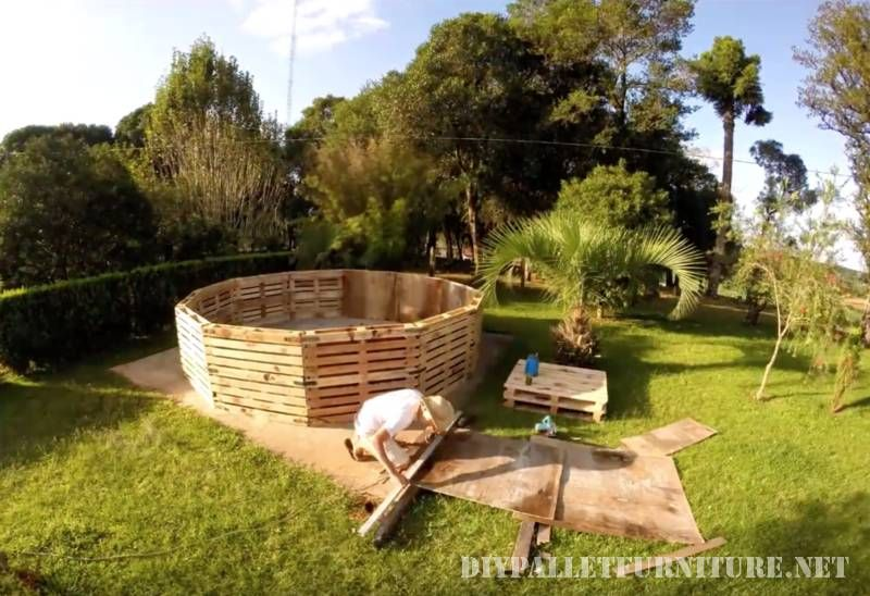 Video of how to build a pool with pallets 2 | Piscine ...