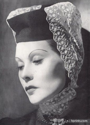 Man Ray 1940 Portrait, Fashion photography