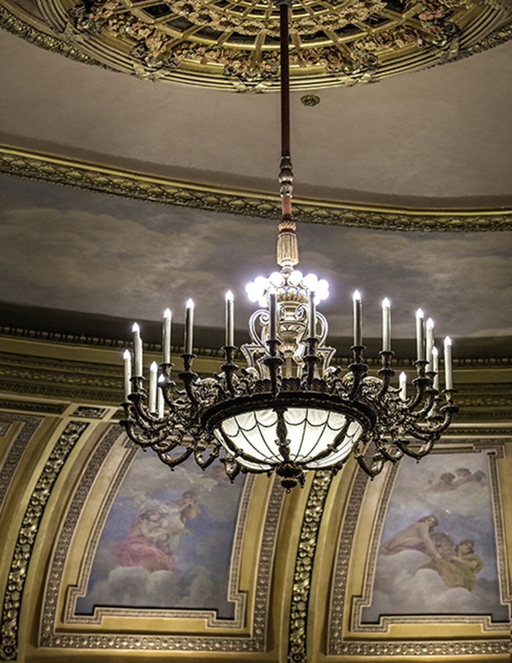Al ringling theatre historic preservation pinterest the restored auditorium chandelier the historic lighting fixtures were restored by historic surfaces milwaukee wi arubaitofo Image collections