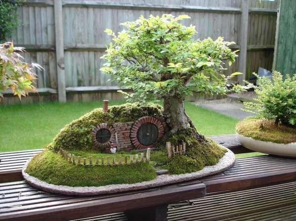 Une miniature d'une maison de Hobbit