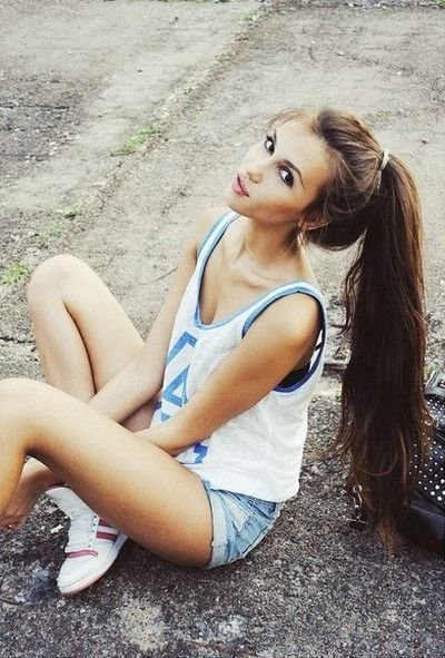 Výsledek obrázku pro slim girl with long hair in sexy romantic top