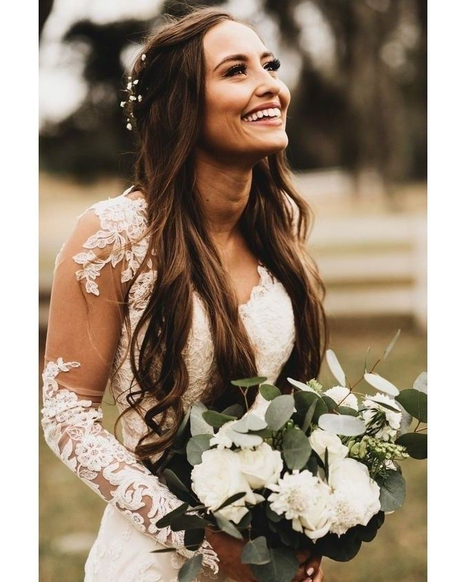 Meio solto + casamento no campo = combinação perfeita ❤️  .  .  .  #NoivaSa #ClubeNoivaSA #MakeDeNoiva #PenteadoDeNoiva #DiaDaNoiva #SapatoDeNoiva #MaquiagemDeNoiva #BrideMakeUp #BideHair #BrideToBe2019 #Casamento #Noiva #NoivoLindo #Love #Amor #Wedding #Bride #Casamentos #Casal #Casais #Casando #CasamentoTOP #Casamento2019 #Casamento2020 #CasamentoDosSonhos  @Noivasa.Oficial - Experiências para um Casamento de Sucesso