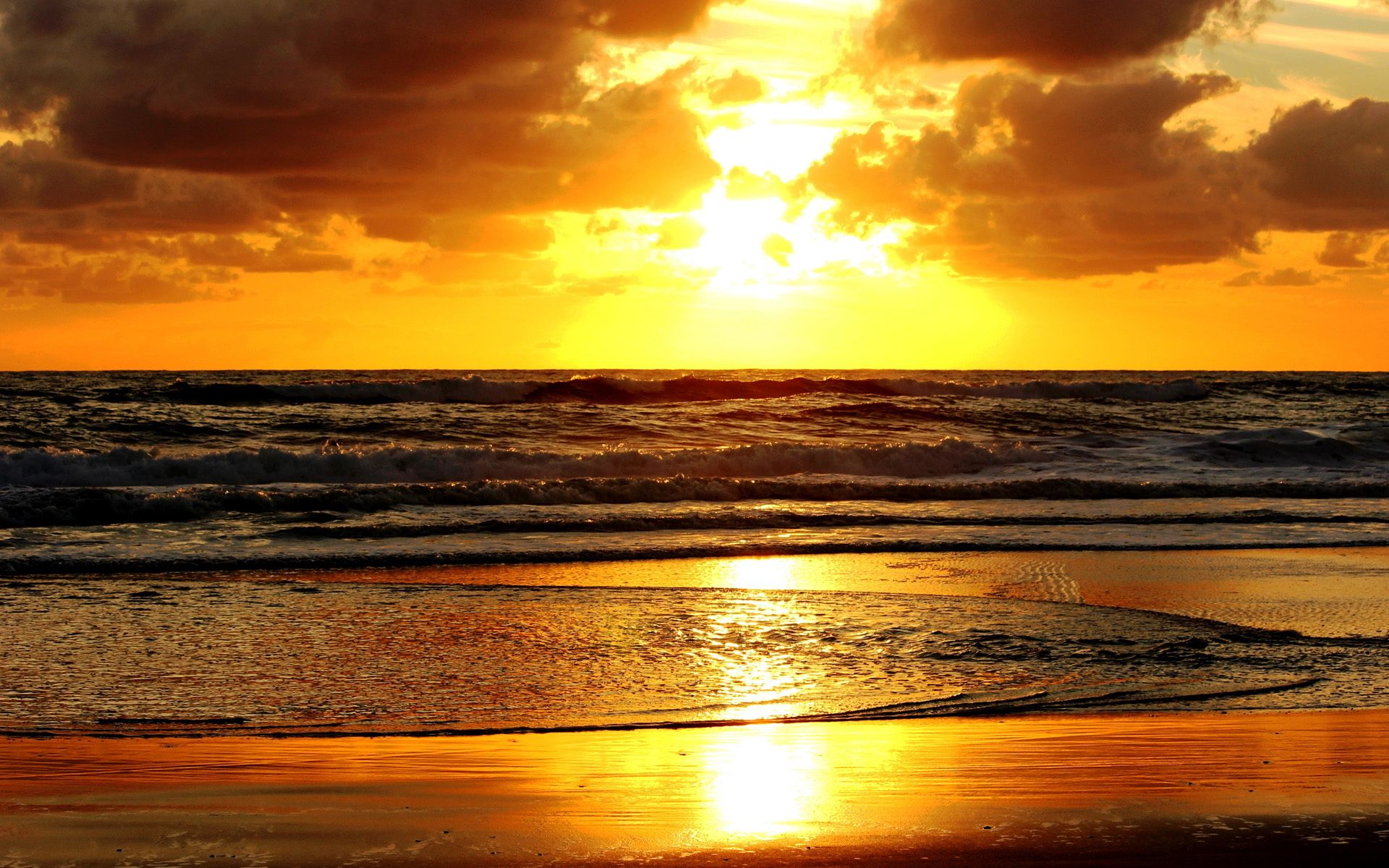 sunset at beach Interested in a career with sunset beach please send us your cv and if a position becomes available we will contact you.