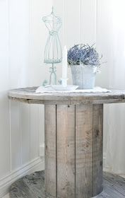 shabby recycled table from Mias Interiør: Sofabord....