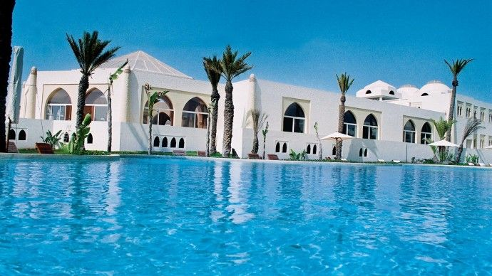 Piscine de lu0027hôtel thalasso  Palais Des Roses \ Thalasso au Maroc - location de villa a agadir avec piscine