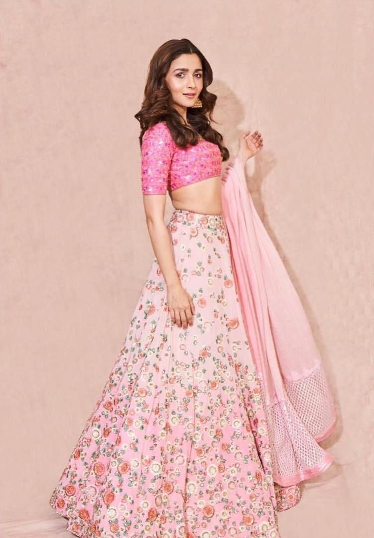 Alia Bhatt's Indian Looks From Kalank Promotions | Monday ...