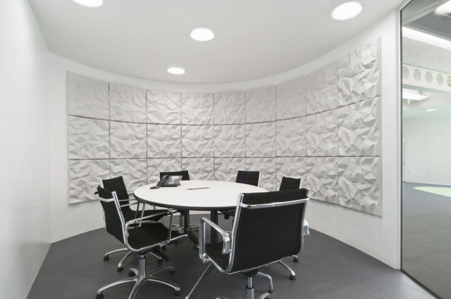 office conference room design. black and white small office meeting room design with round table conference