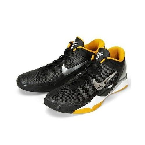 buy popular 0c5f5 5698c Amazon.com  KOBE BRYANT Signed Authentic Game Used Shoes VS. Magic 1 20 12  PANINI - Autographed NBA Sneakers  Sports   Outdoors  7826.09