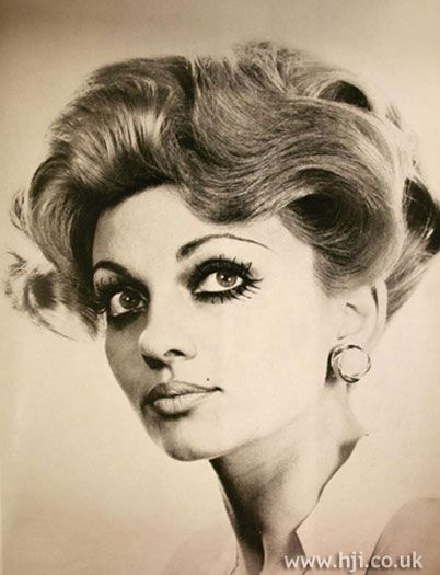 1969 large waves hairstyle 1960s