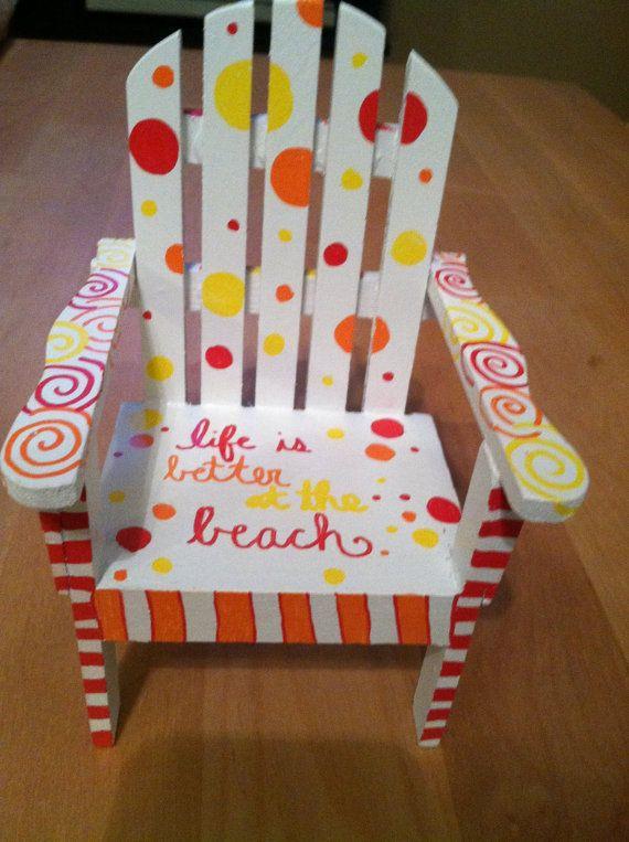 Handpainted+miniature+wooden+beach+chair+by+NotSoPlainJaynes,+$1200 - sillas de playa