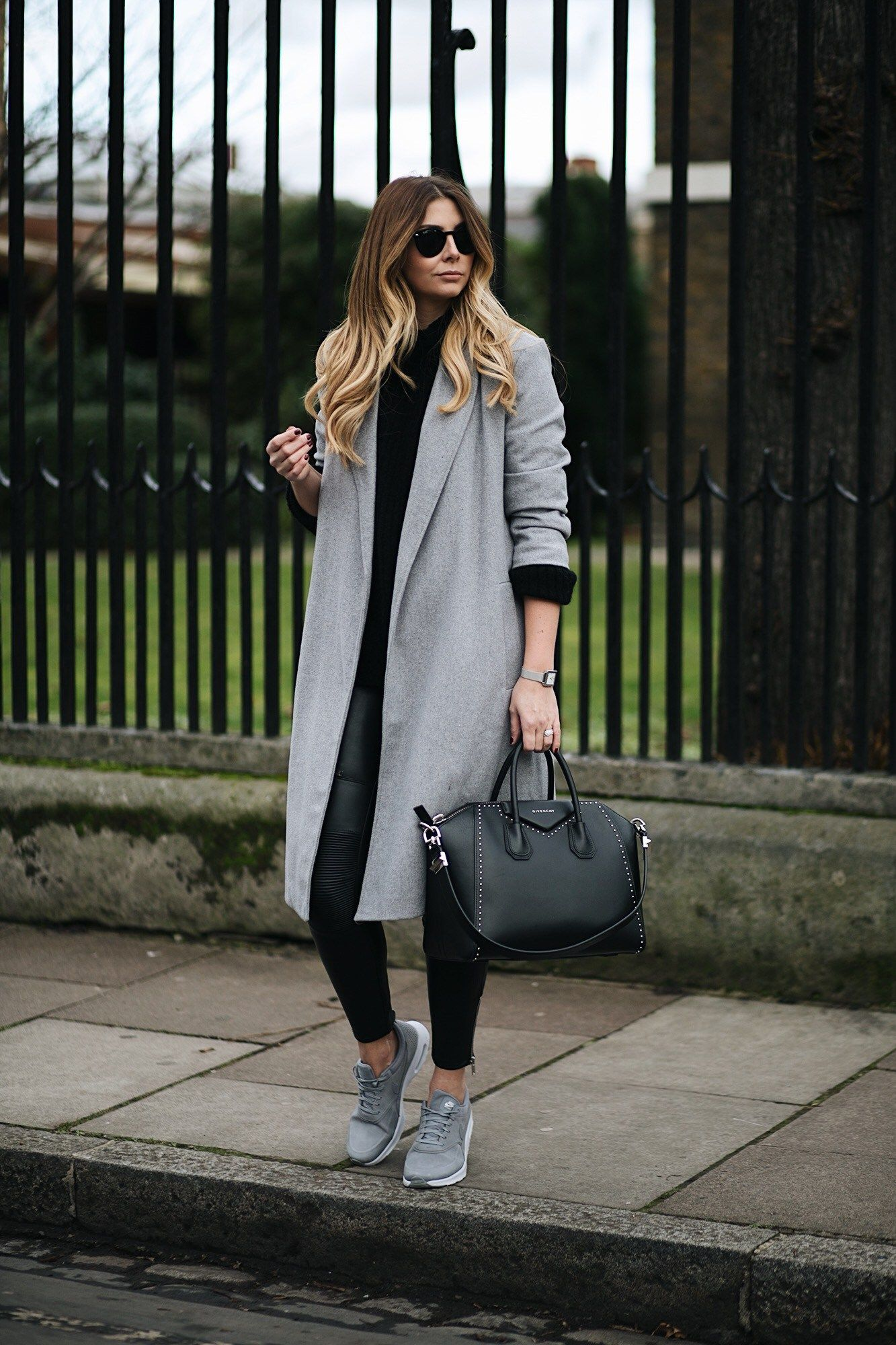 How Bloggers Style Leather Leggings Year-Round
