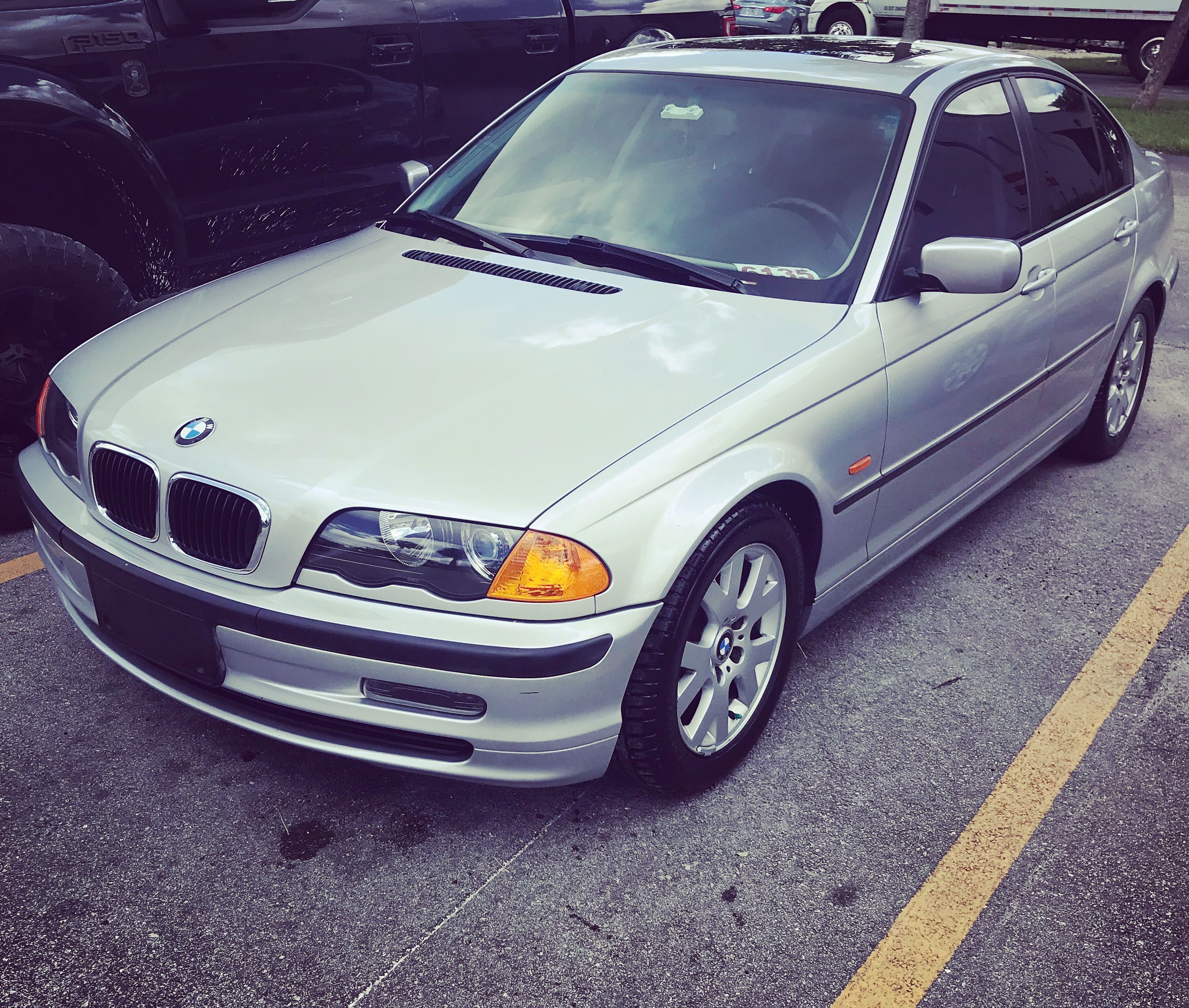 hight resolution of washed and ready to turn in 2000 bmw 323i to customer bmw bmw323i