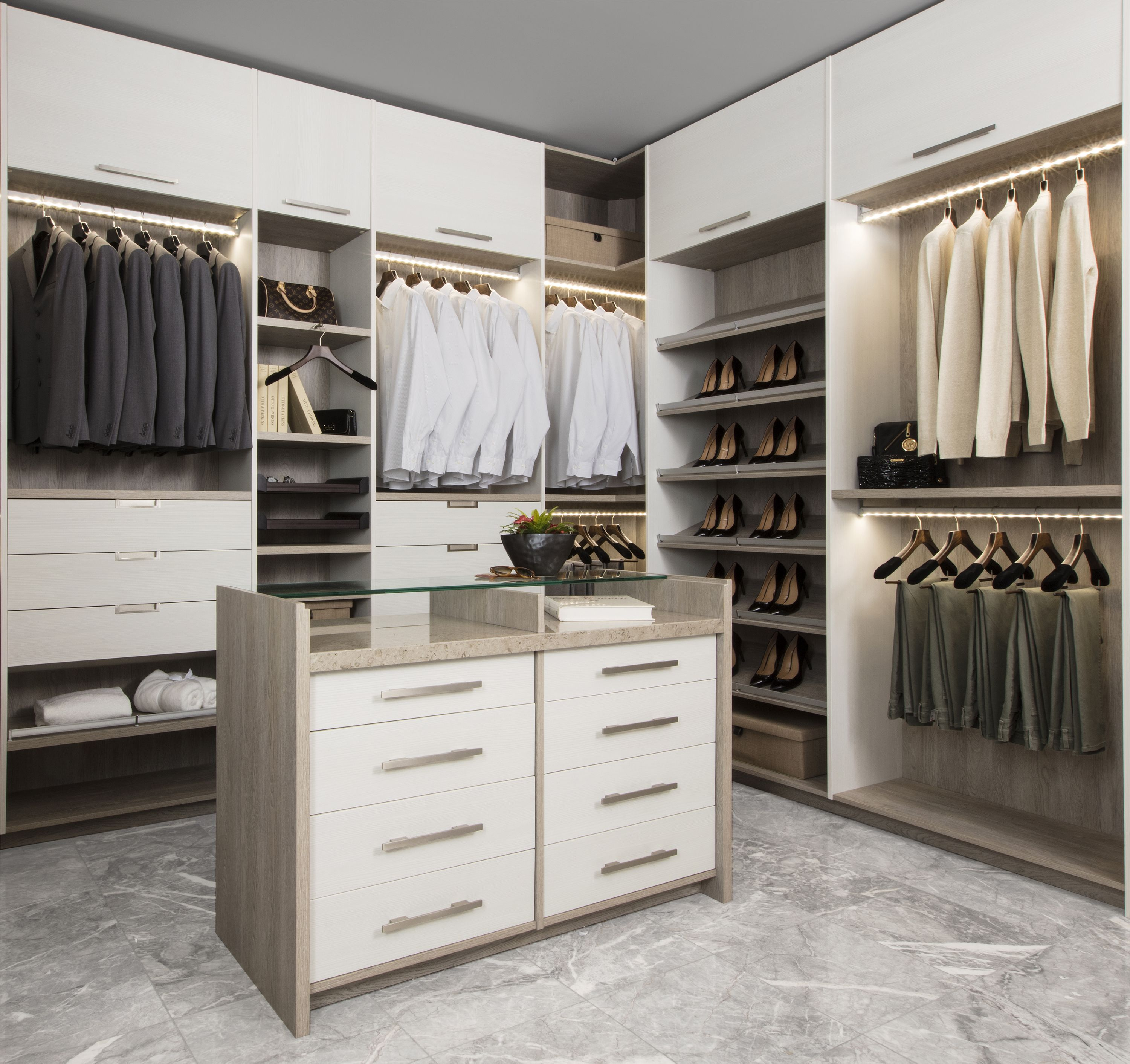 Neo Our Neo Custom Luxury Closet Line Blends Modern Aesthetics With Perfect Organization The Center Island Des Luxury Closet Custom Closets Modern Aesthetics