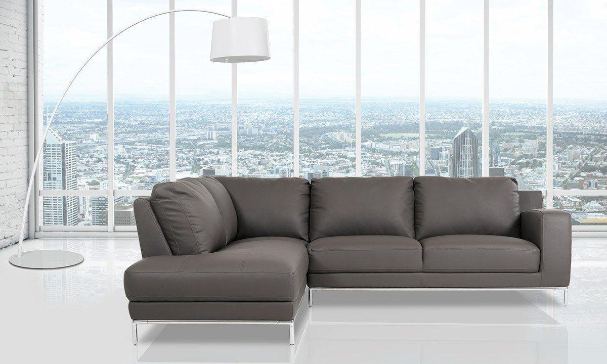 Home Living Liam Leather Sectional Hudson S Bay Dernier