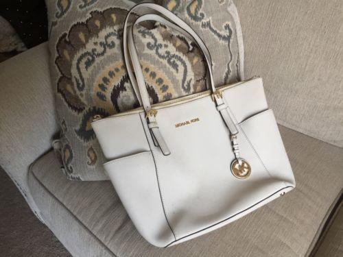 Michael Kors Handbag https://t.co/Pgr8LFfHoY https://t.co/EV2XGZ3Uwa