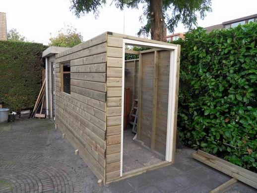 Schuur bouwen google zoeken buiten pinterest for Kleine huizen bouwen