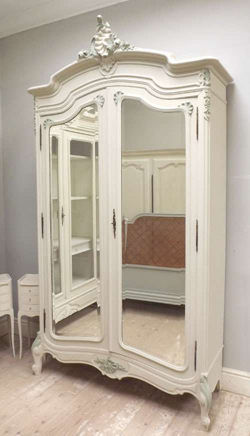 French Antique Armoire | Globerove