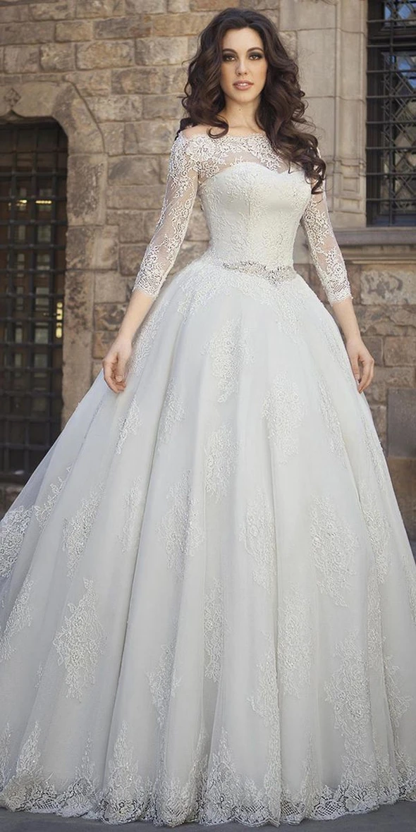 Fashion And Beautiful Gothic Wedding Dresses For Girl