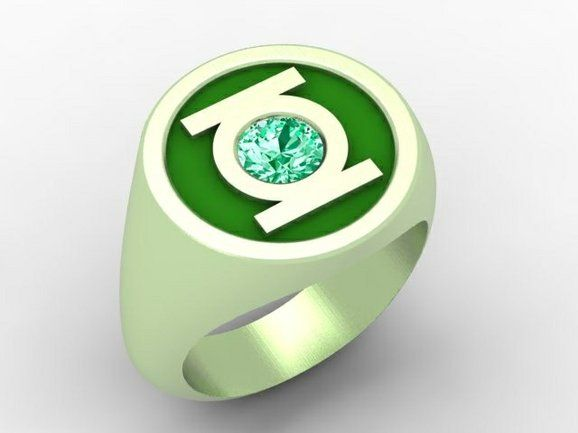 The real green lantern ring 14K green gold and emerald