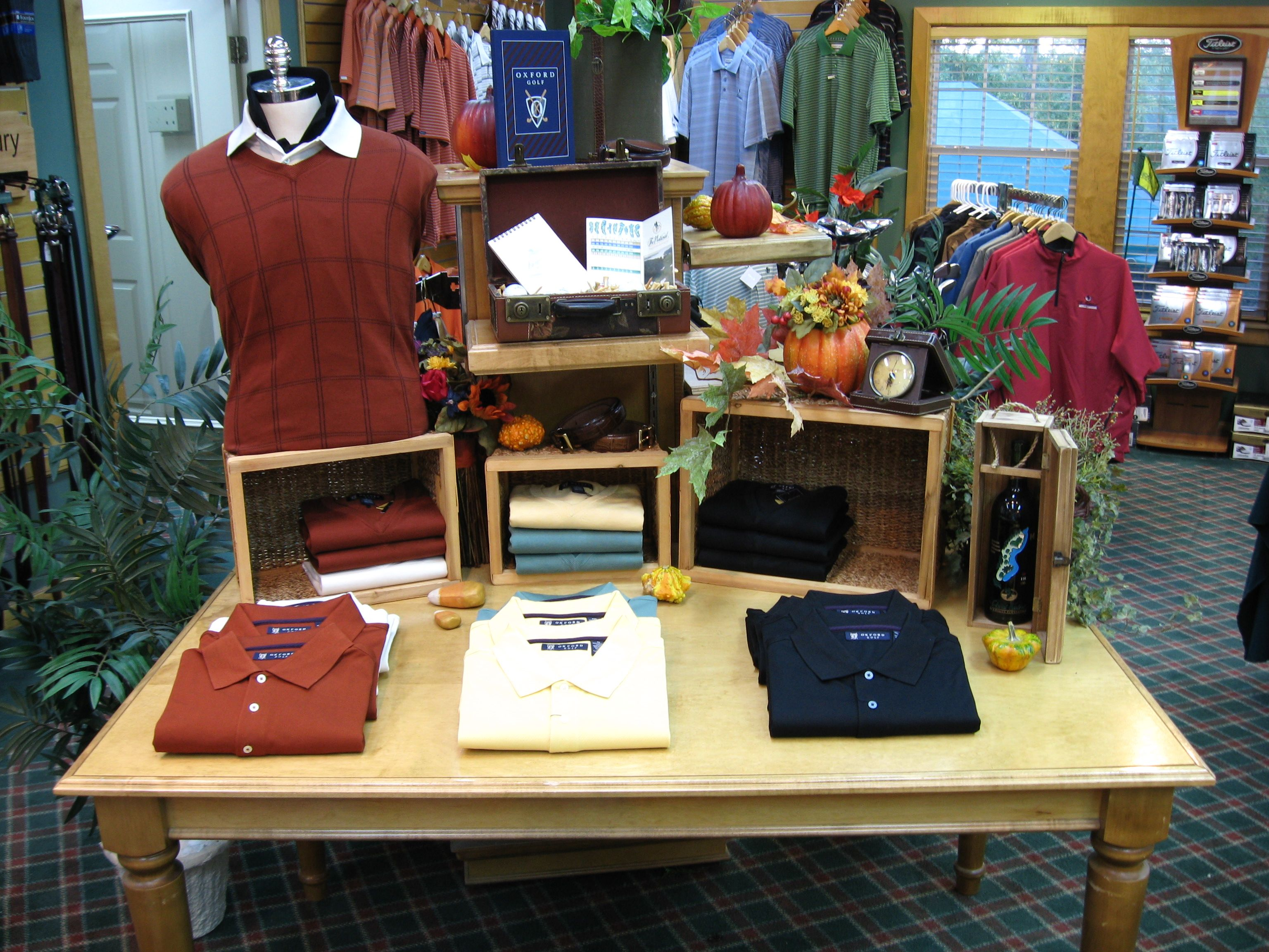 Stacked Crates Golf Pro Shop Shirt Display Merchandising Displays