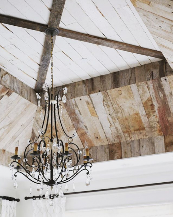 Stunning Ceiling Is This Shabby Chic Country Farmhouse Meets Uperclass Sparkle I Have No Idea