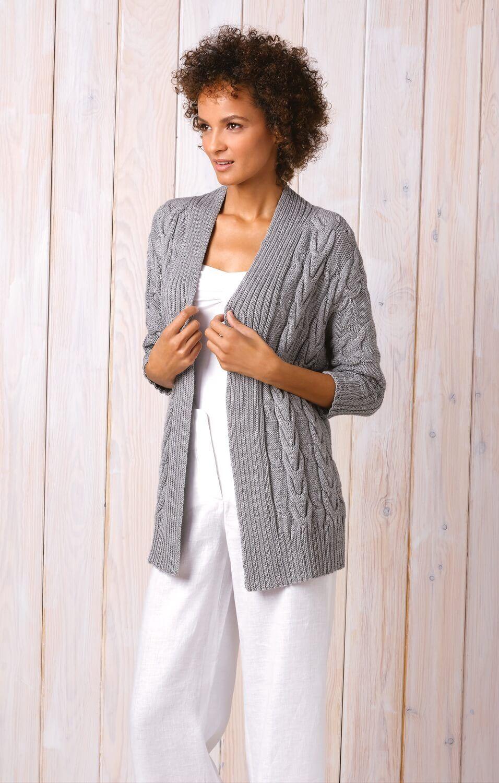 Damen jacke mit zopfmustern stricken pinterest for Strickanleitung strickjacke einfach