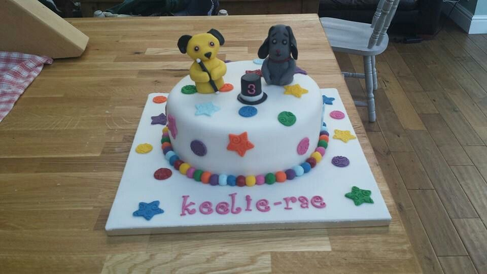 Sooty And Sweep Cake Superhero Party Pinterest Cake