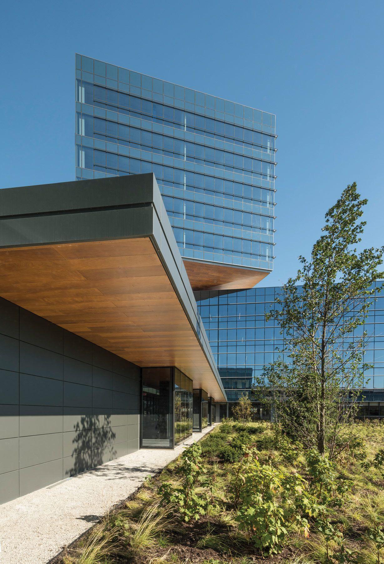 Goettsch designs ambitious Zurich Insurance North American