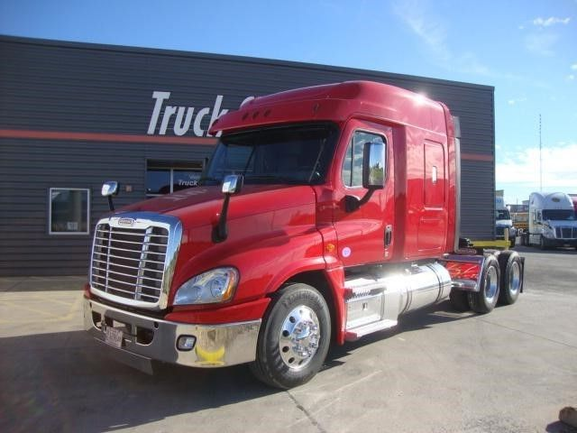 Pin by Trucker To Trucker on Freightliner Trucks | Freightliner
