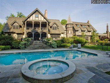 Pin By Howard Hanna On Luxury Homes Of Distinction Ohio Real Estate Gates Mills Maine House