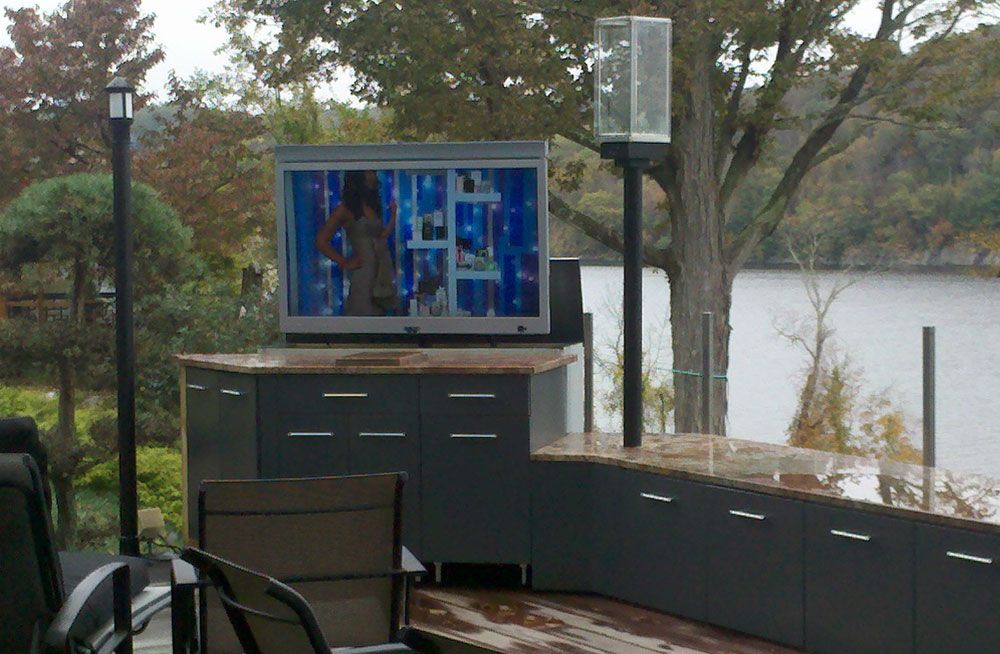 diy tv mount outside