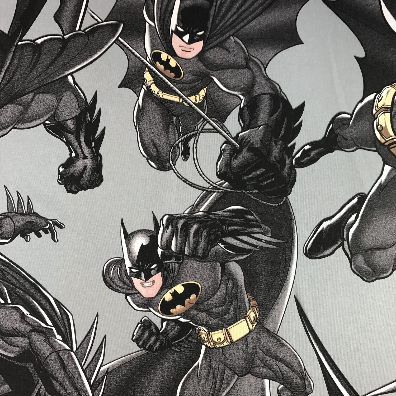 Meterware Fur Deine Diy Projekte Dieser Batman Stoff Ist Ideal Fur Deko Kissen Oder Vorhange Lizenzprodukt Batman Dark Kinder Vorhange Kinder Stoffe Kinder