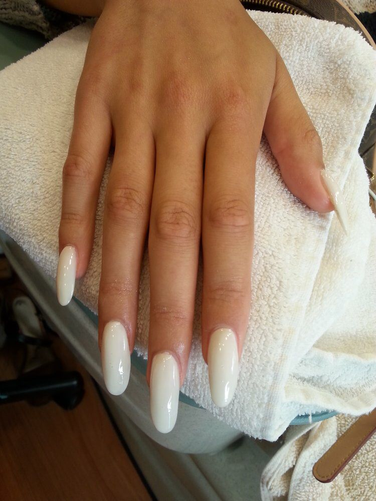 Essie Marshmallow Color Square Acrylic Nails Long Acrylic Nails Simple Nails Square Acrylic Nails
