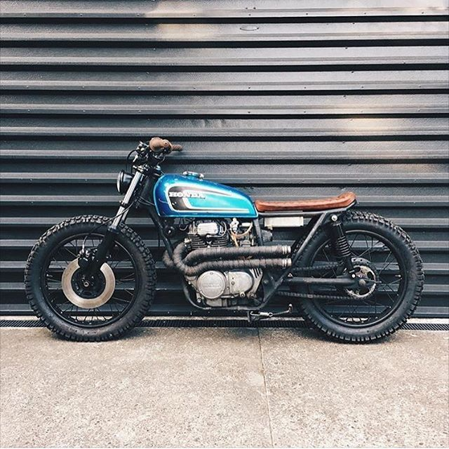 Low Rolling Honda CB360 Shared With Us By Christchurch New Zealands Kidsoncrack Looks Like Fun Vintagemotorcycle Cb360 Brat Bratstyle