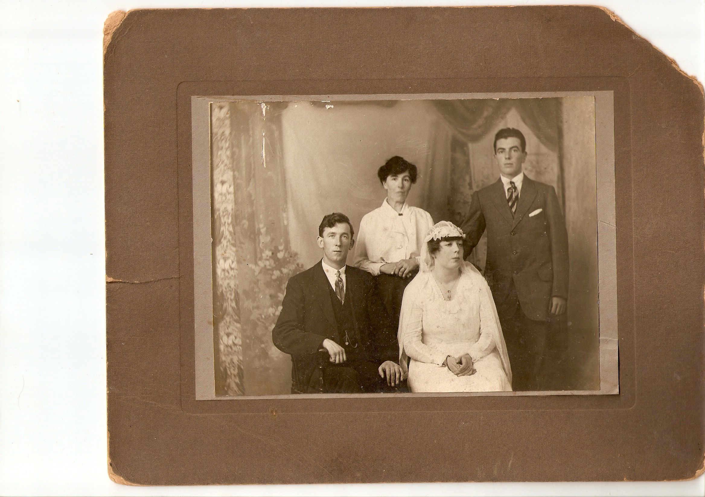 Competition Oldest wedding photo results (With images