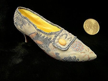 Lavish Tapestry - Just the right shoe