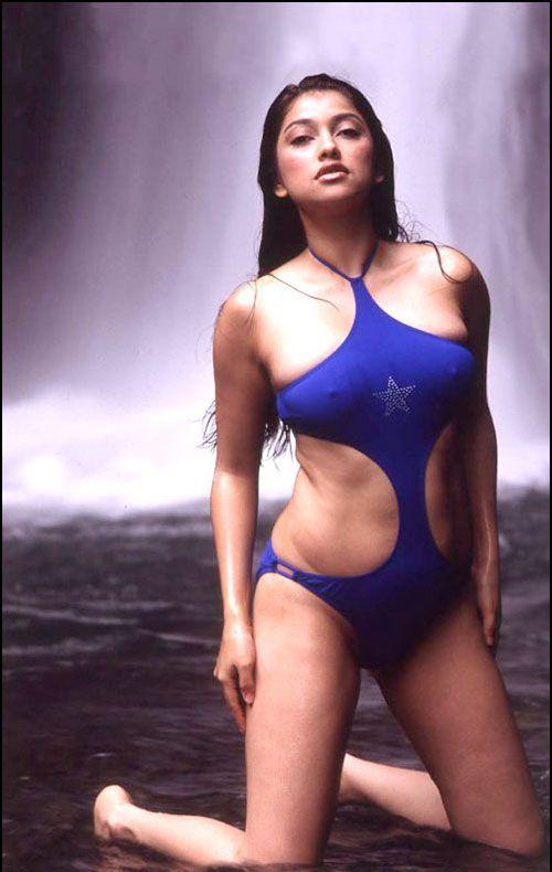 Foto super hot sarah ashari 55