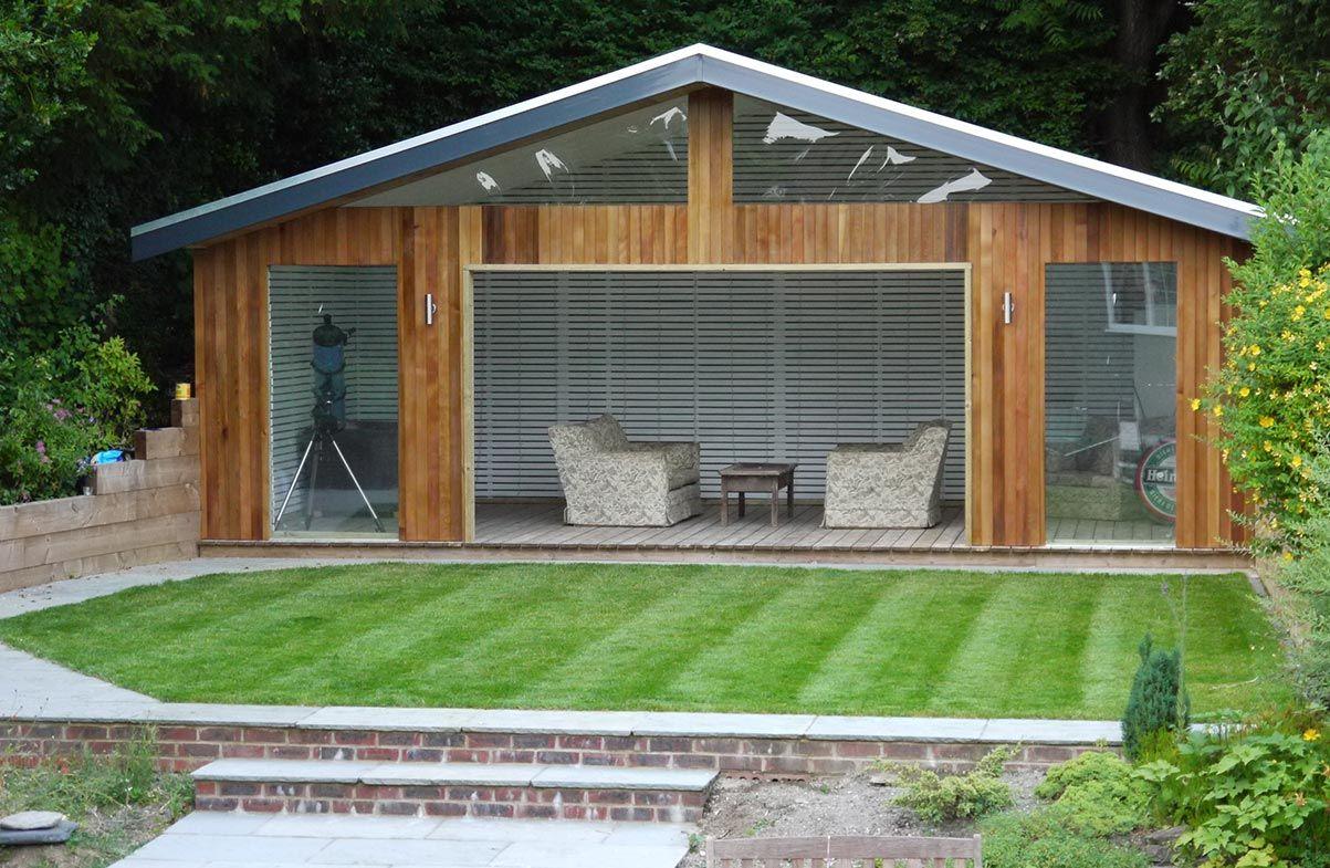 Building a Garden Summer House Go to