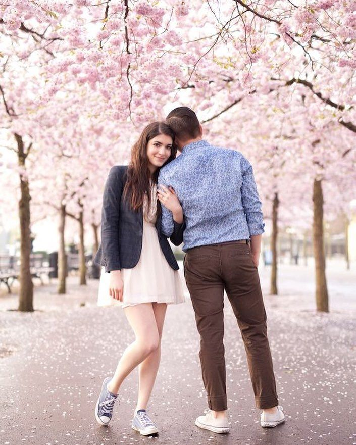 Head To The Cherry Blossom Festival In Shillong This November For The Pre W Wedding Photoshoot Poses Wedding Couples Photography Pre Wedding Photoshoot Outdoor