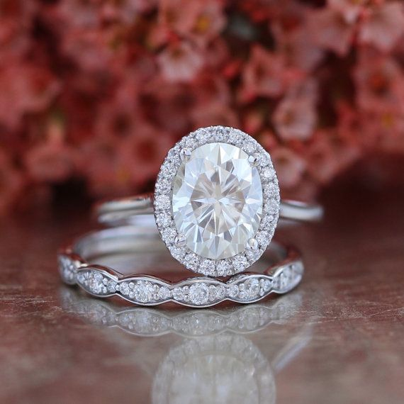 Bridal Set Forever Brilliant Moissanite Engagement Ring And Scalloped Diamond Wedding Band In White Gold Oval Cut Halo