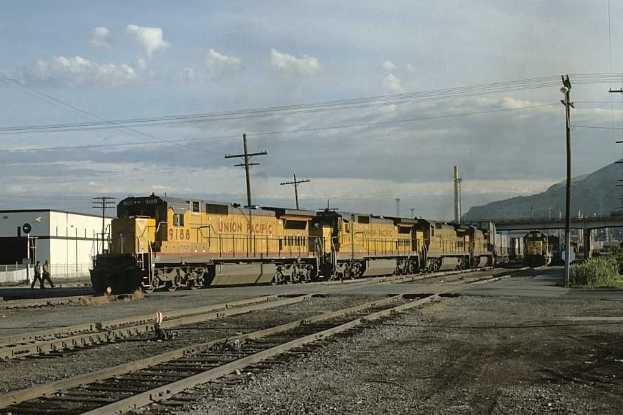 Union Pacific Double Stack Train Symbol Apla7 At Salt Lake City