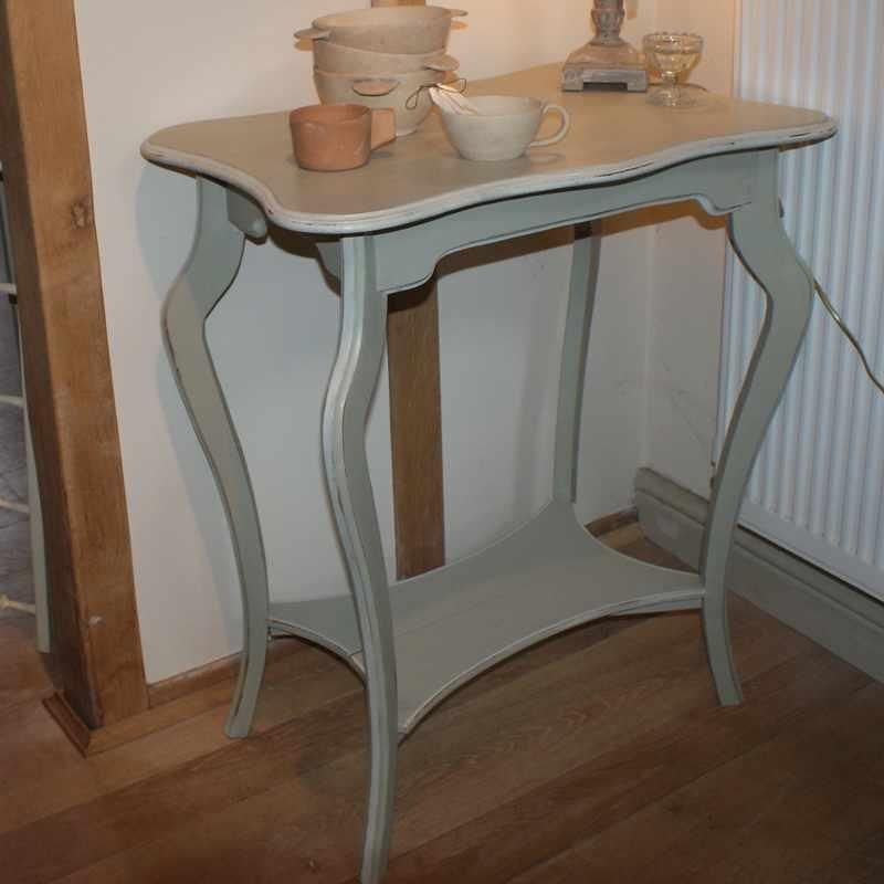 Vintage French Sidetable